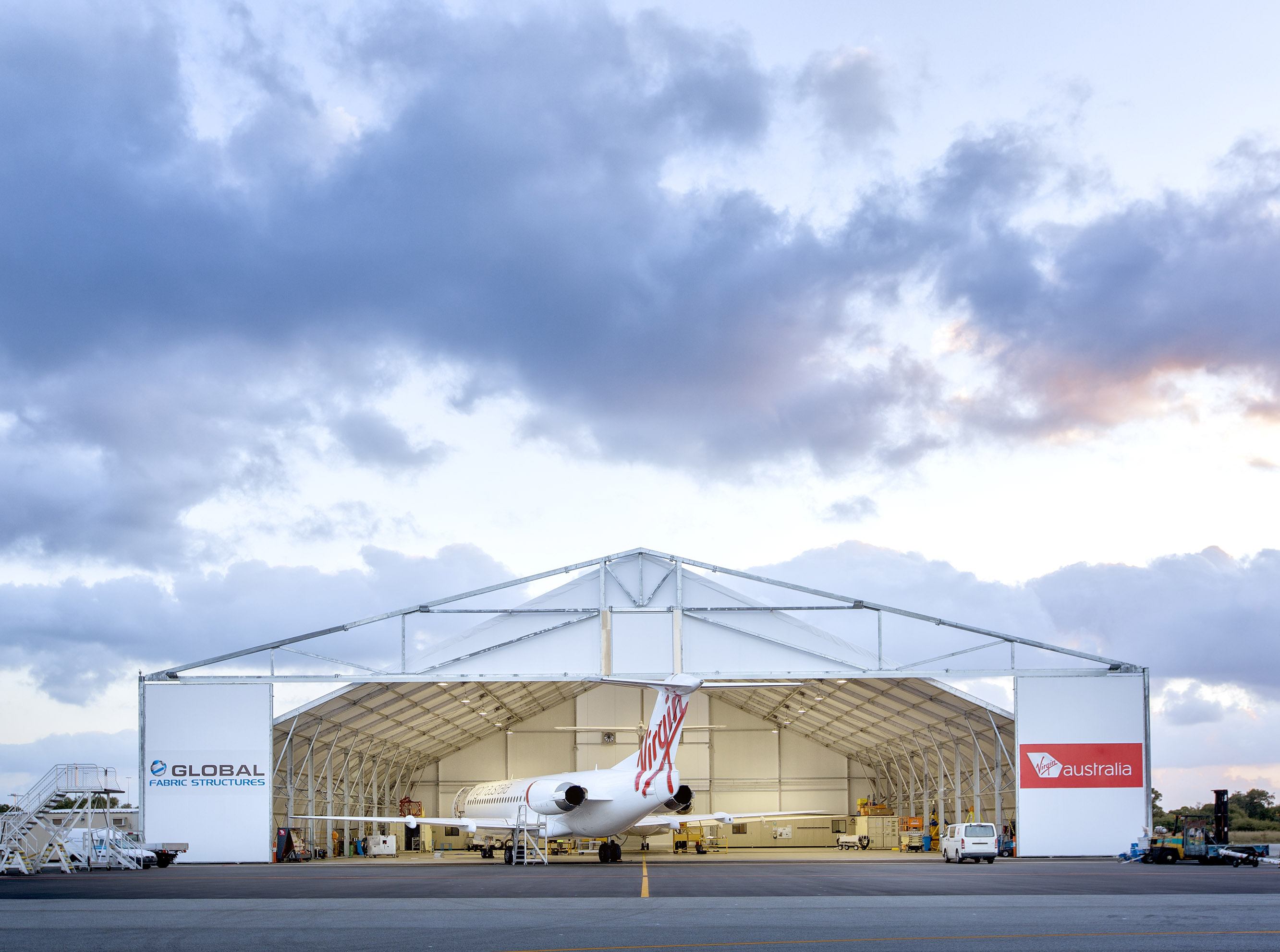 8189-virgin-hangar-pvc-2013-fs-3