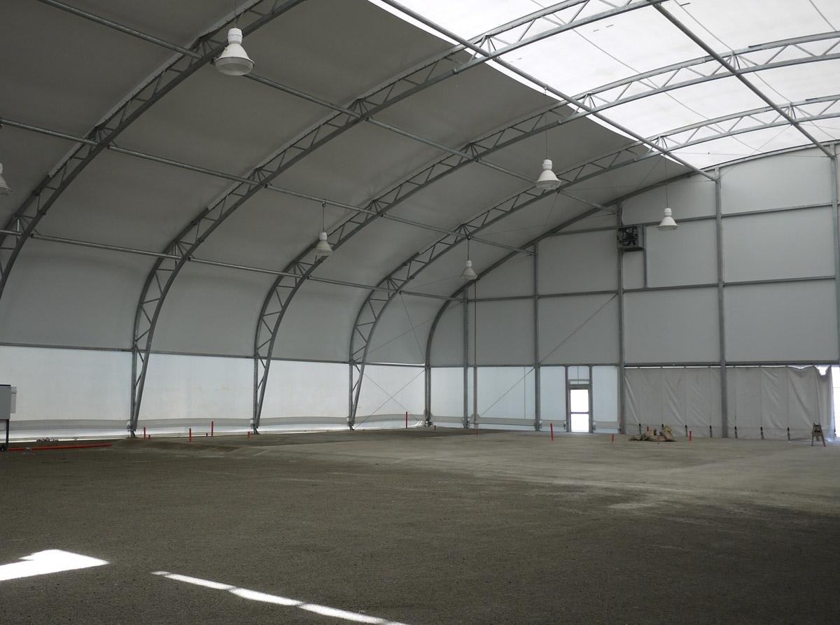 10181, Air Niugini Hangar, PVC, 2009, FS 1 lo res
